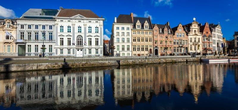 Ghent kanal Belgien ghent arkivbild