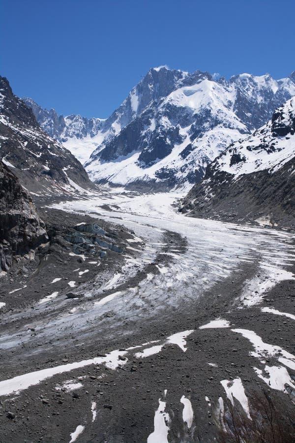 Ghiacciaio a Mont-blanc voluminoso fotografie stock