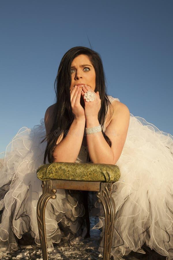 Ghiaccio del vestito convenzionale dalla donna sorpreso immagini stock libere da diritti