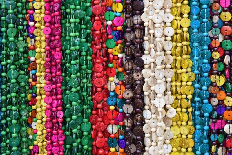 Ghirlande delle pietre colorate immagine stock