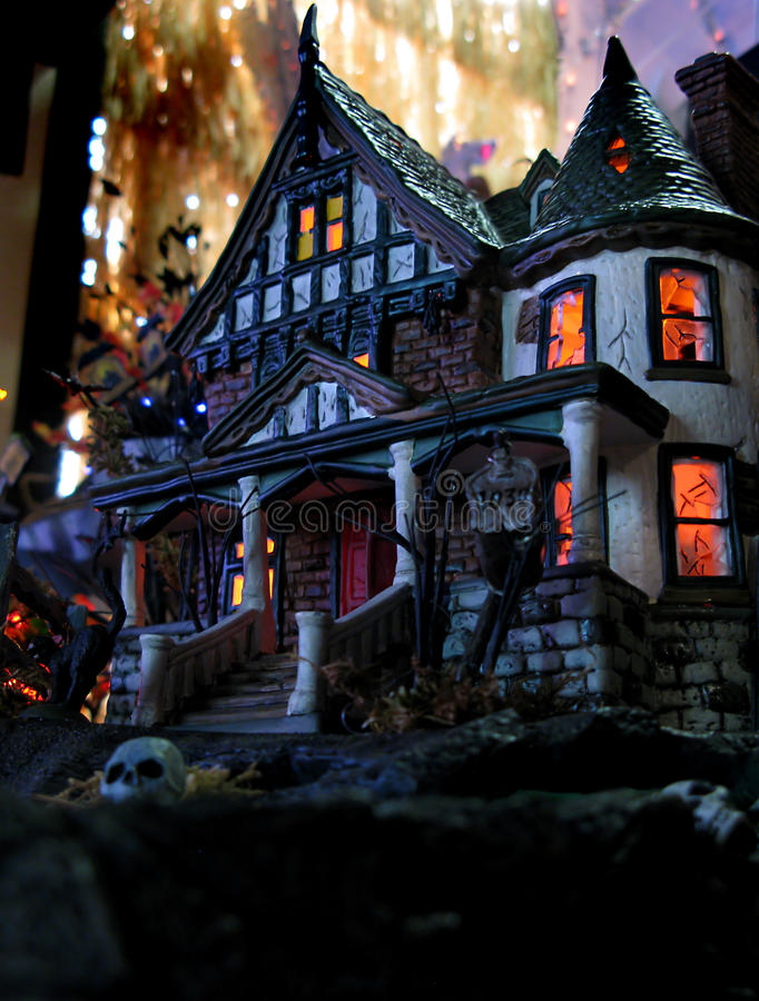 Ghostly Halloween House Stock Image Image Of Lighted - 16349843-2833