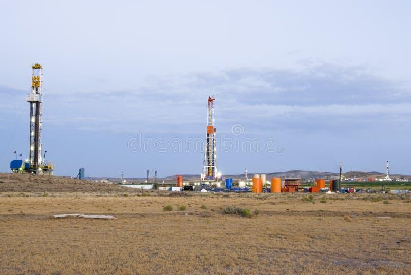 Giacimento di petrolio fotografie stock libere da diritti