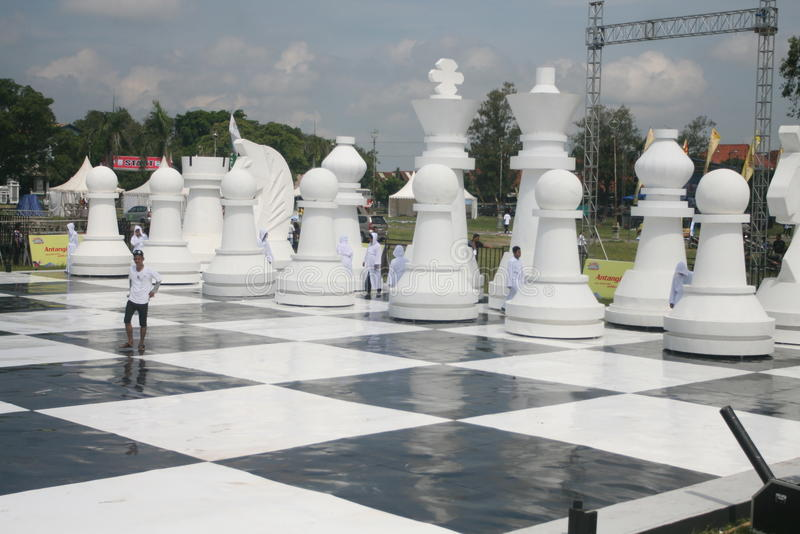 Download Giant chess editorial stock photo. Image of sport, piece - 32029108