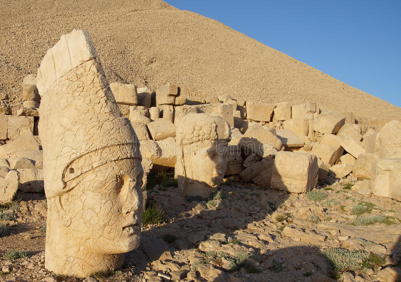 Giant head of Antiochus I Commagene,tumulus of Nemrut Dag, Turk royalty free stock photography
