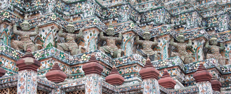 Giant Statue At Wat Arun Royalty Free Stock Image