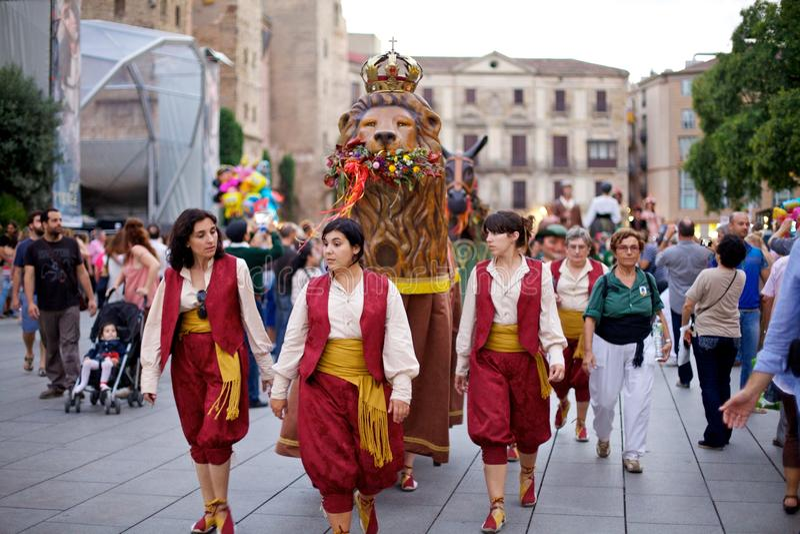 Giants проходят парадом в фестивале 2013 Mercè Ла Барселоны стоковое фото rf