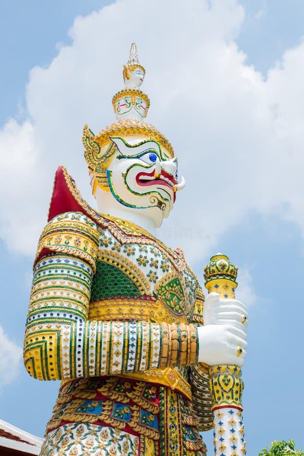 Giants gardent les temples bouddhistes photographie stock