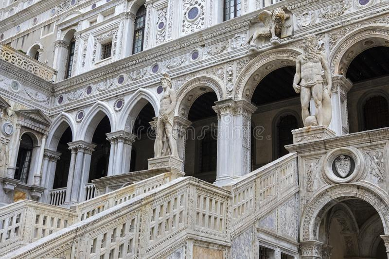 Giants Staircase op het Doges Palace stock fotografie