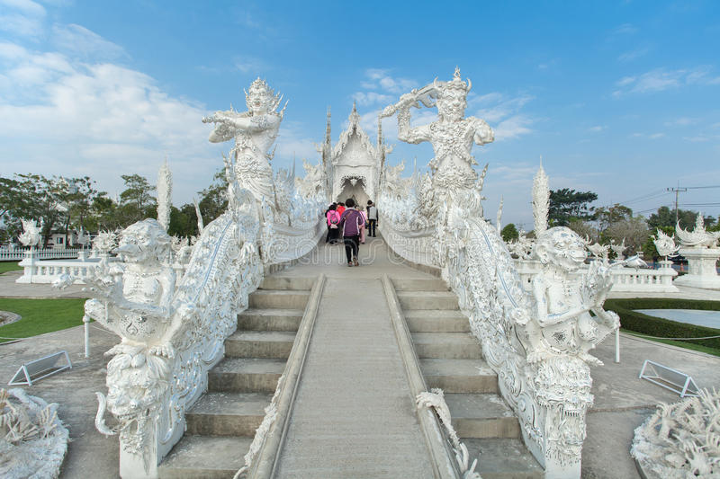 Giants-Stuck bei Wat Rong Khun stockfoto