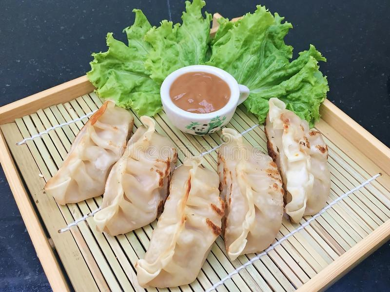 Giapponese Fried Dumplings fotografie stock