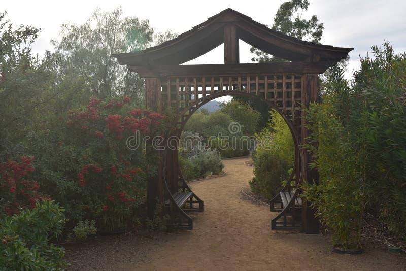 Giapponese Zen Garden per la meditazione immagini stock