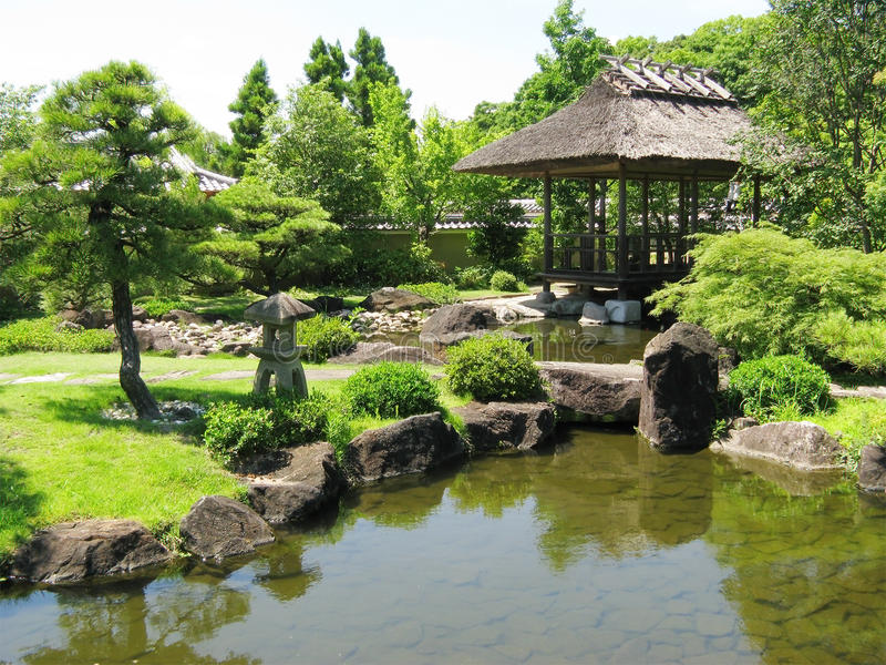 Giardini del castello di Himeji fotografie stock libere da diritti