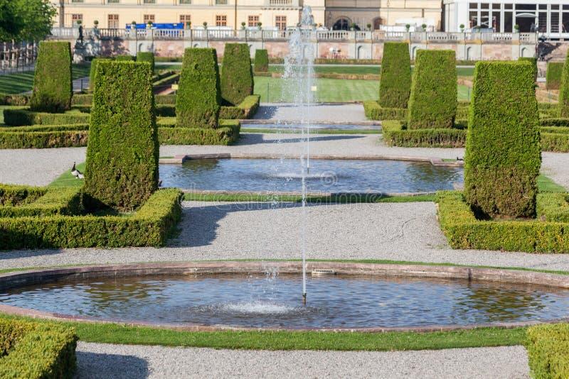Giardini di stoccolma svezia del palazzo di drottningholm fotografia stock immagine di turismo - I giardini di palazzo rucellai ...