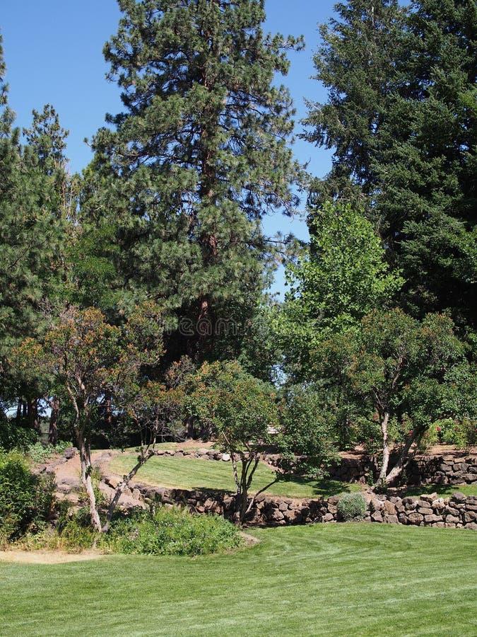 Giardini murati roccia nel parco immagini stock libere da diritti
