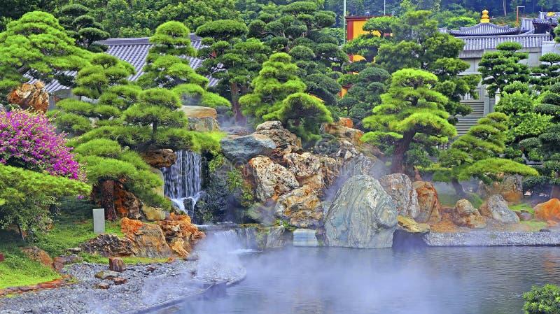 Giardino cinese di zen immagine stock