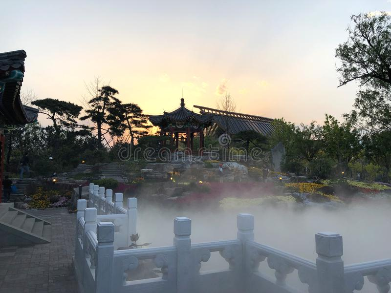 Giardino classico cinese, architetture cinesi, cultura cinese, esposizione orticola internazionale 2019 di Pechino fotografia stock libera da diritti