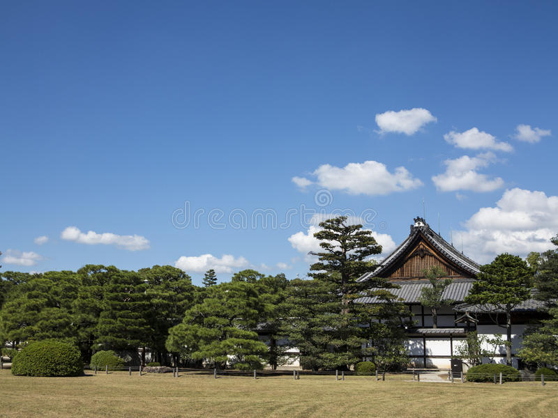 Giardino del castello di Nijo-jo a Kyoto immagini stock libere da diritti