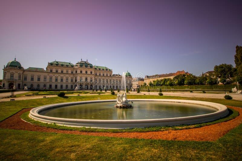 Giardino del palazzo del belvedere a Vienna, Austria fotografie stock libere da diritti