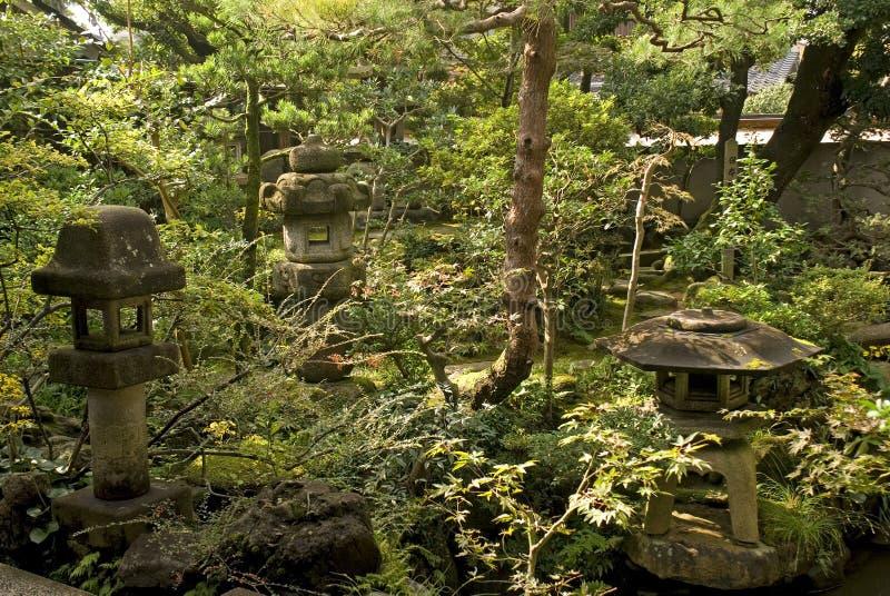 Giardino della casa del samurai, Kanazawa, Giappone immagine stock libera da diritti