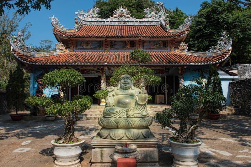 Giardino di Linh Ung Pagoda, montagne di marmo, cinque elementi m. fotografia stock libera da diritti