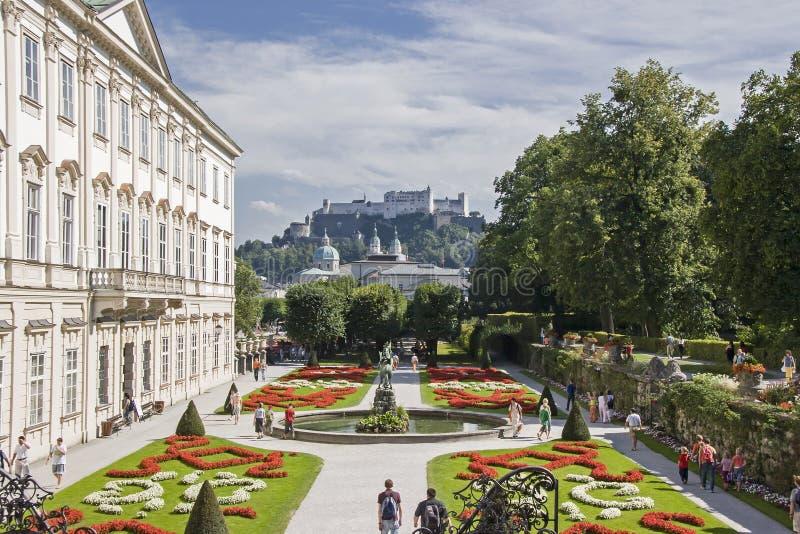 Giardino di Mirabell a Salisburgo in Austria immagine stock