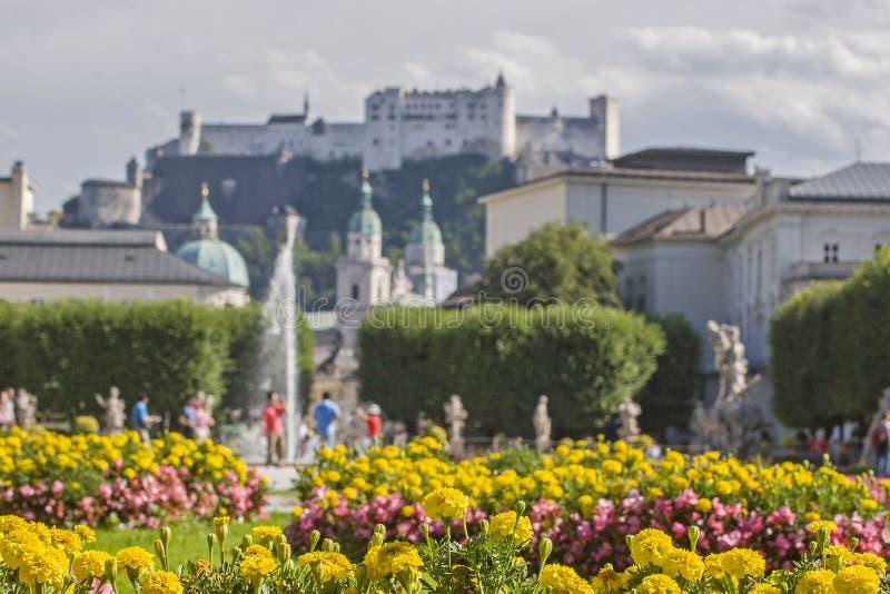 Giardino di Mirabell a Salisburgo in Austria fotografia stock
