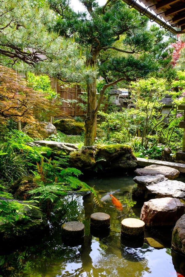 Giardino giapponese a Kanazawa, Giappone fotografia stock