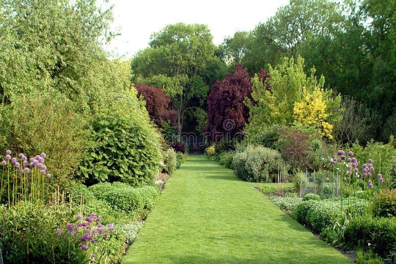 Giardino inglese del paese fotografie stock libere da diritti