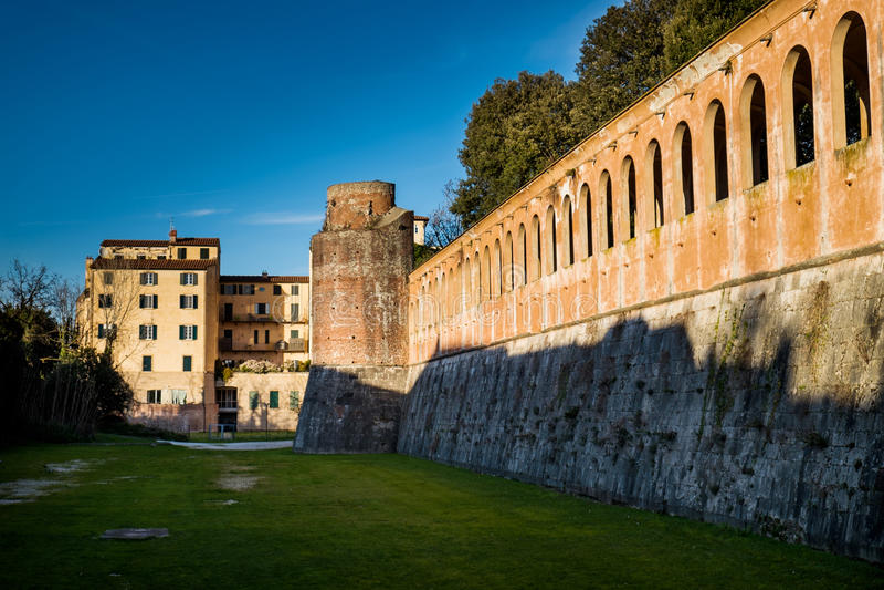 Giardino Scotto a Pisa - giardini pubblici e parco, Italia fotografia stock
