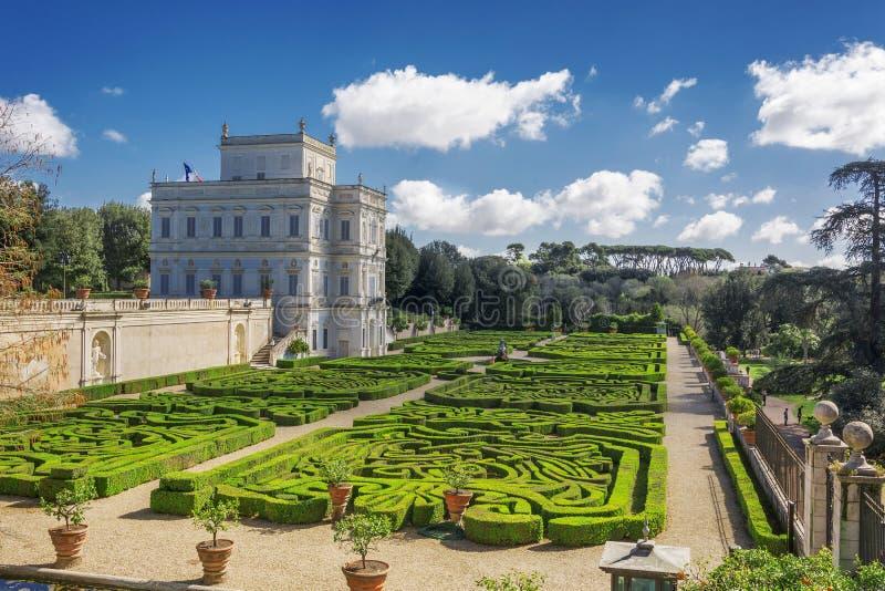 Giardino segreto dentro la villa Doria Pamhili a Roma, Italia immagine stock libera da diritti