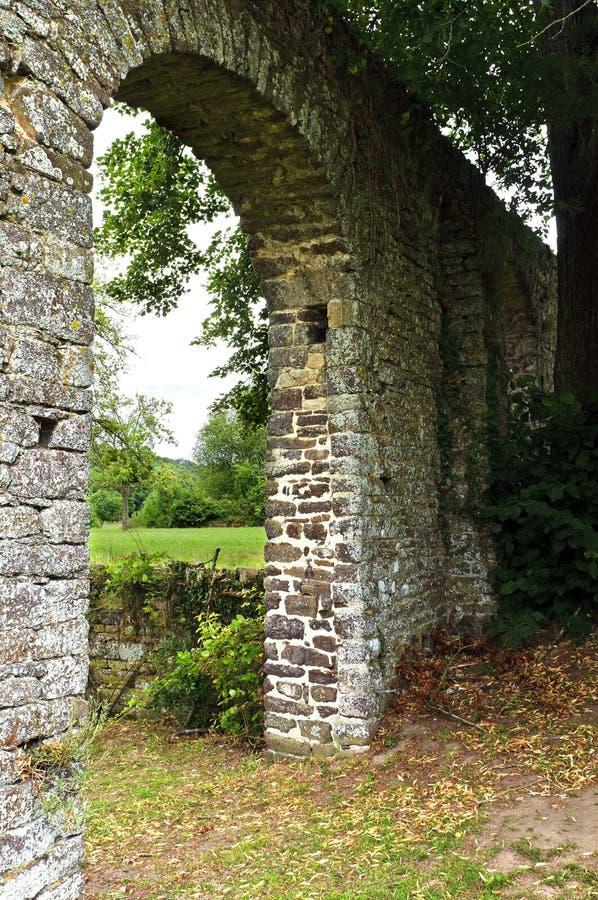 Giardino storico dell'abbazia in erba medica fotografia stock