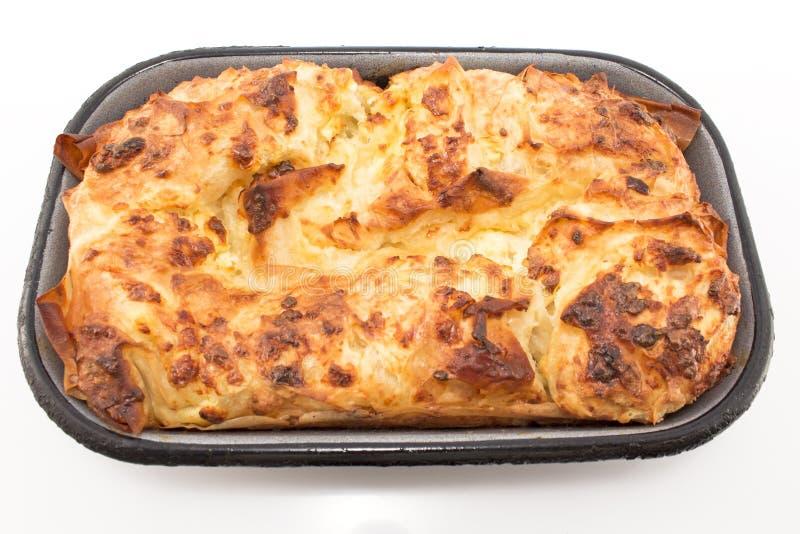 Gibanica sérvio tradicional da torta do queijo foto de stock