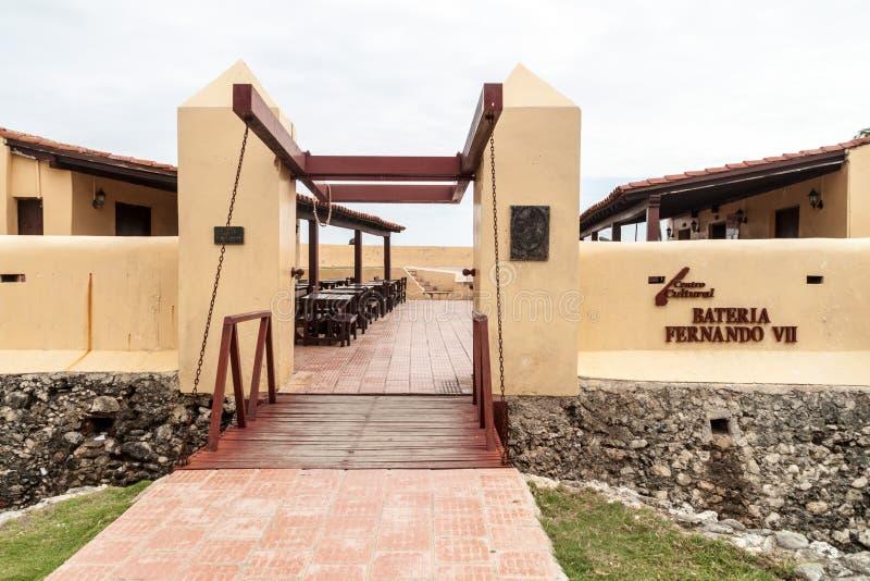 GIBARA, KUBA - 29. JANUAR 2016: Fort Fuerte Fernando II in Gibara-Dorf, CUB stockfoto