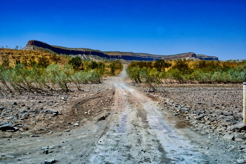 Gibb River Road traversant la Pentecost River photo stock