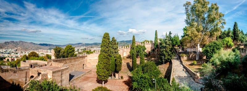 Gibralfaro fästning (Alcazaba de Malaga) royaltyfria foton