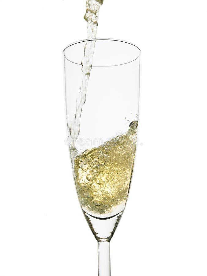 Gietende champagne stock foto's