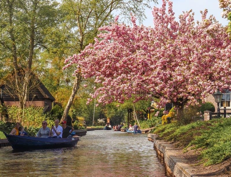 Giethoorn, holandie - Kwiecień 22, 2019 obraz stock