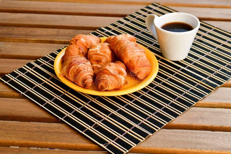 Giffel och kopp kaffe royaltyfri foto