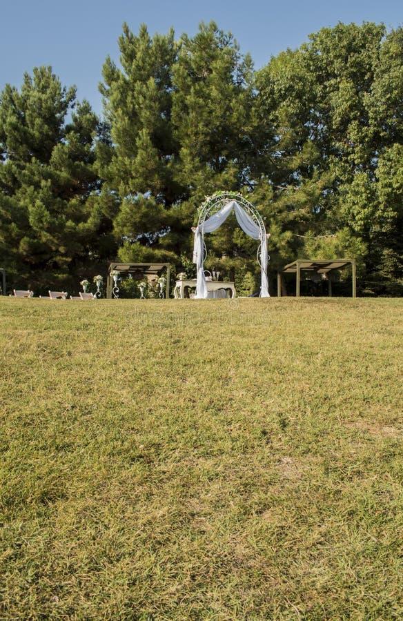 Gift altare på havsträdgården i Varna royaltyfri foto