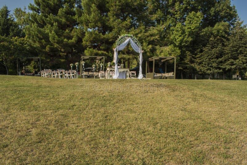 Gift altare på havsträdgården i Varna royaltyfri fotografi