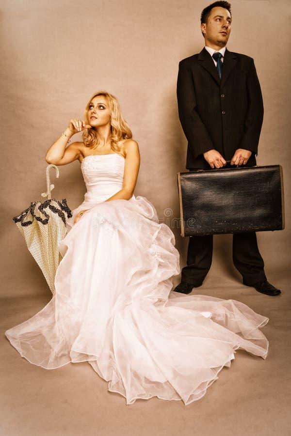Gift parproblem, likgiltighetfördjupningsdisharmoni royaltyfri fotografi