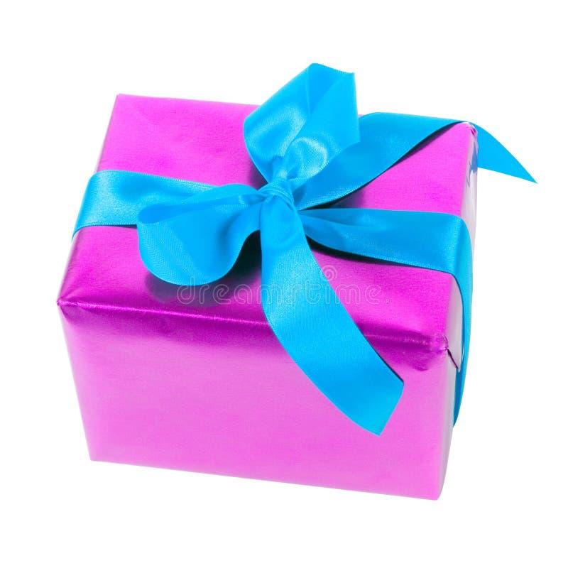 Gift - roze document en blauw lint royalty-vrije stock afbeelding