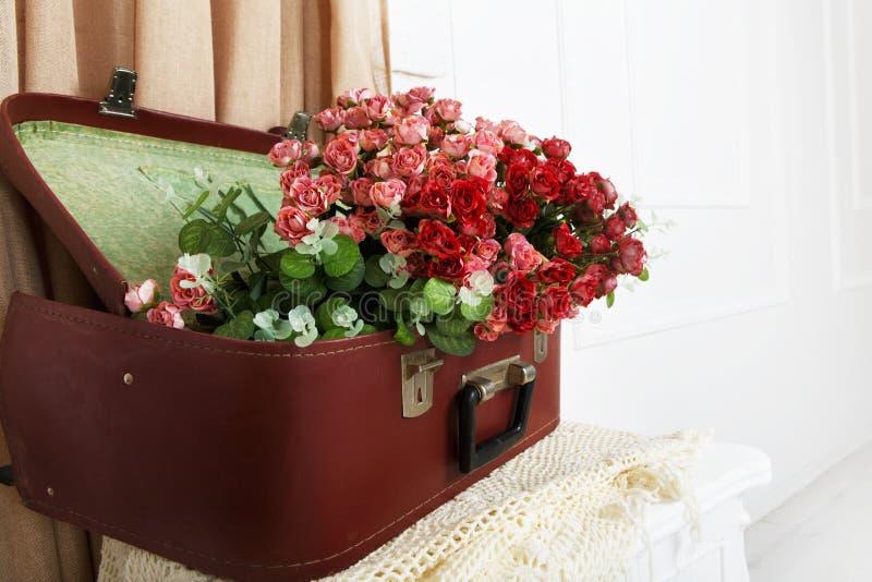 Gifta sig blom- dekorsammansättning royaltyfri foto