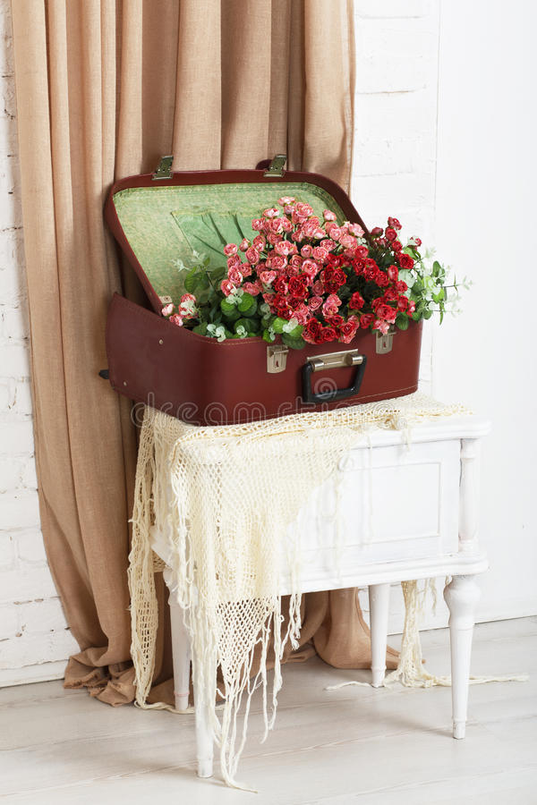 Gifta sig blom- rosa dekorsammansättning arkivbild