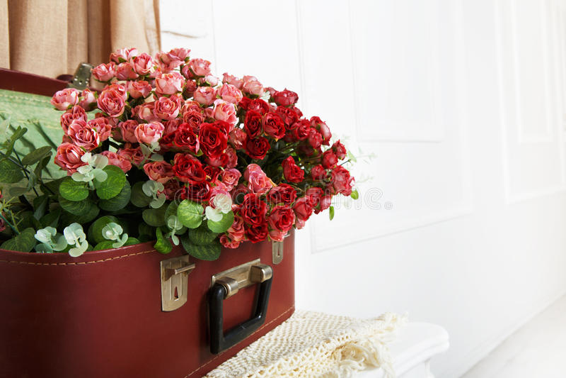 Gifta sig blom- rosa dekorsammansättning fotografering för bildbyråer