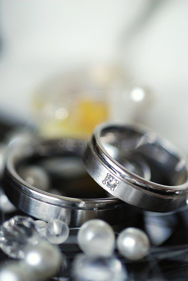 gifta sig för cirklar arkivbilder
