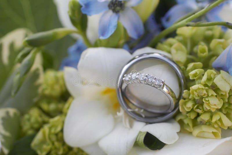 gifta sig för cirklar arkivfoton