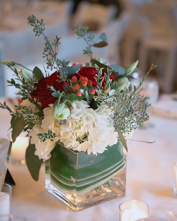gifta sig för julblommor arkivbild
