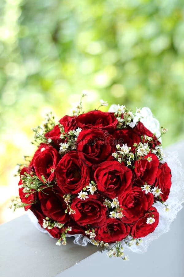 Gifta sig handbuketten royaltyfri foto