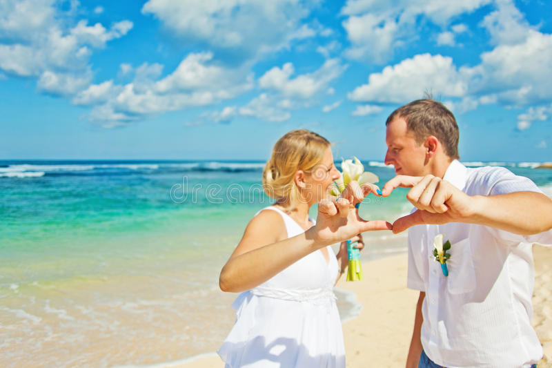 Gifta sig par royaltyfri fotografi